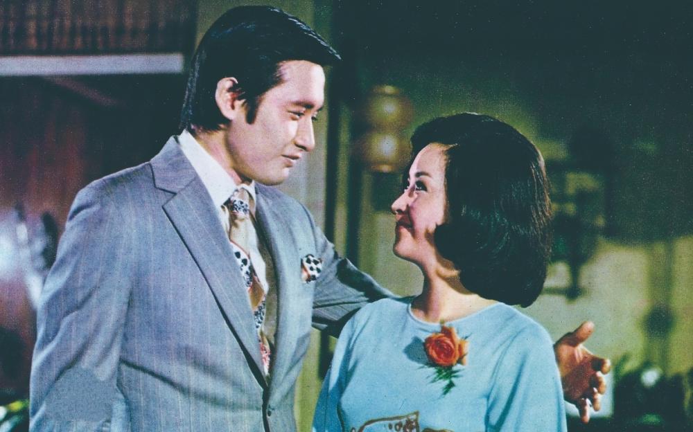 《心有千千結》為此次甄珍影展開幕片。