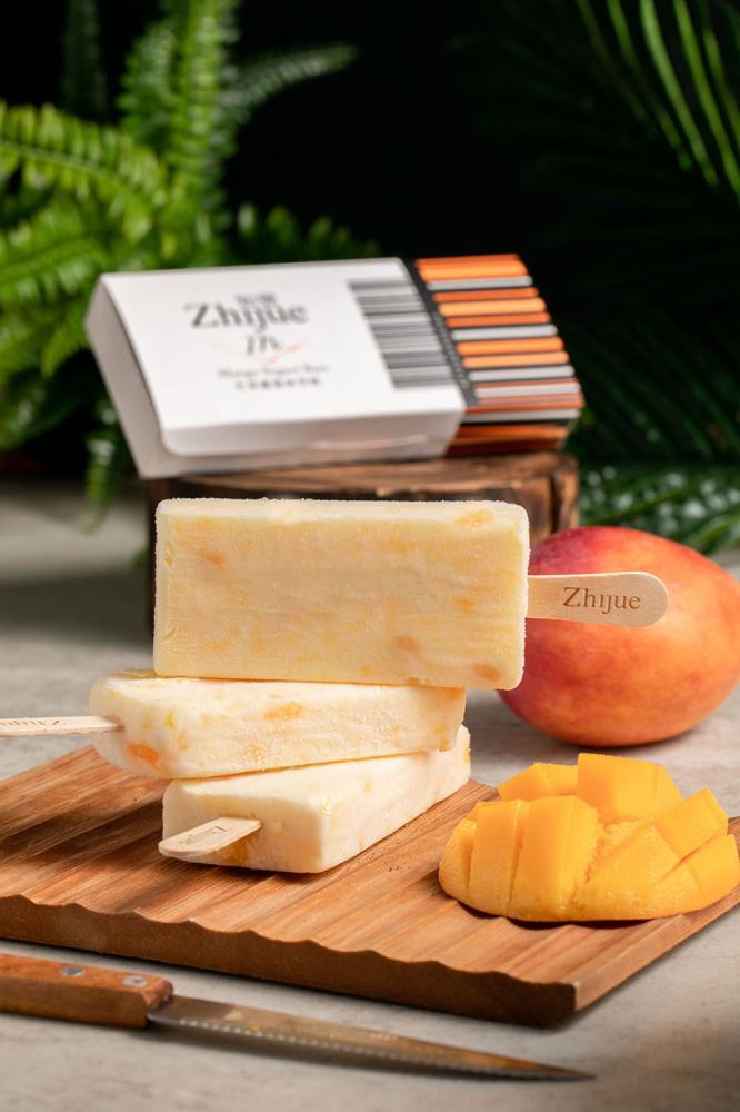 芒果優格冰雪糕每一口都能吃到新鮮水果跟膳食纖維。