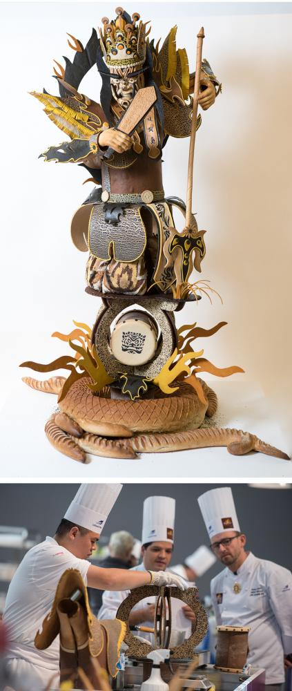 王鵬傑以「官將首」為主題,得到2018世界盃藝術麵包組冠軍。