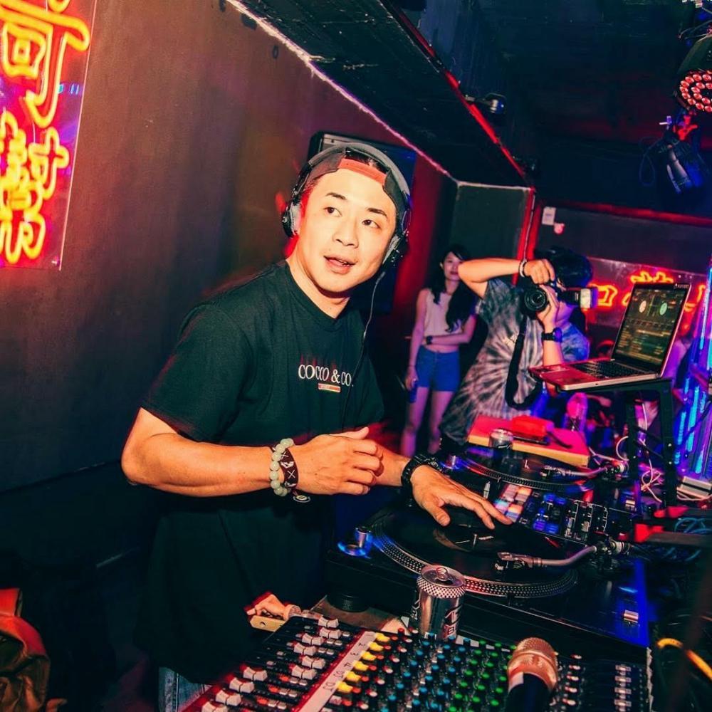 DJ Mr.Skin 賴皮。