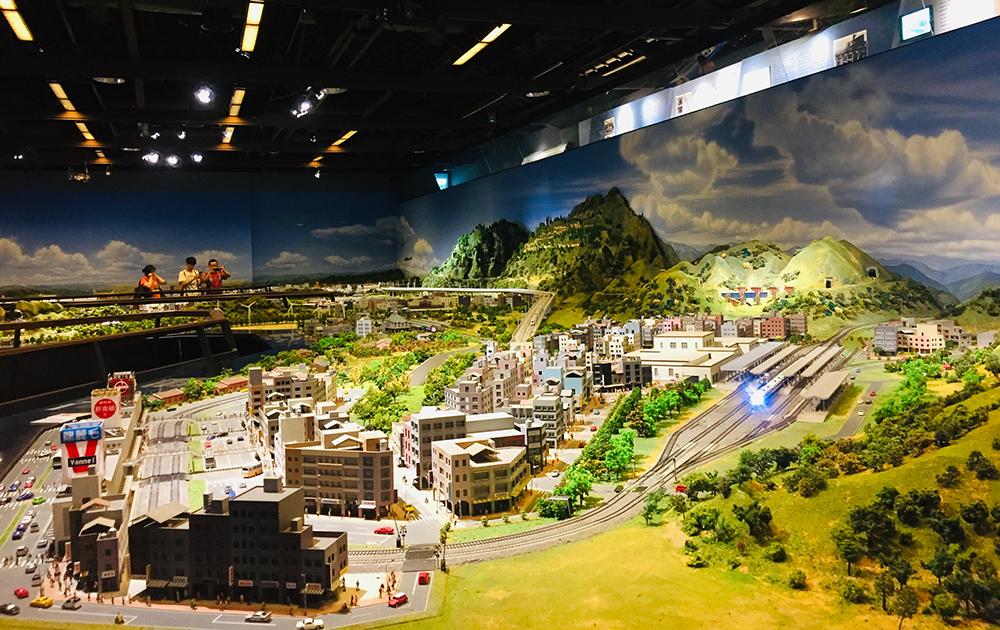 臺灣第一座鐵道模型博物館,還原昔日的鐵道景色。
