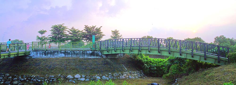 九番埤濕地是民眾休閒的好去處。(攝影╱Bill Hwang)