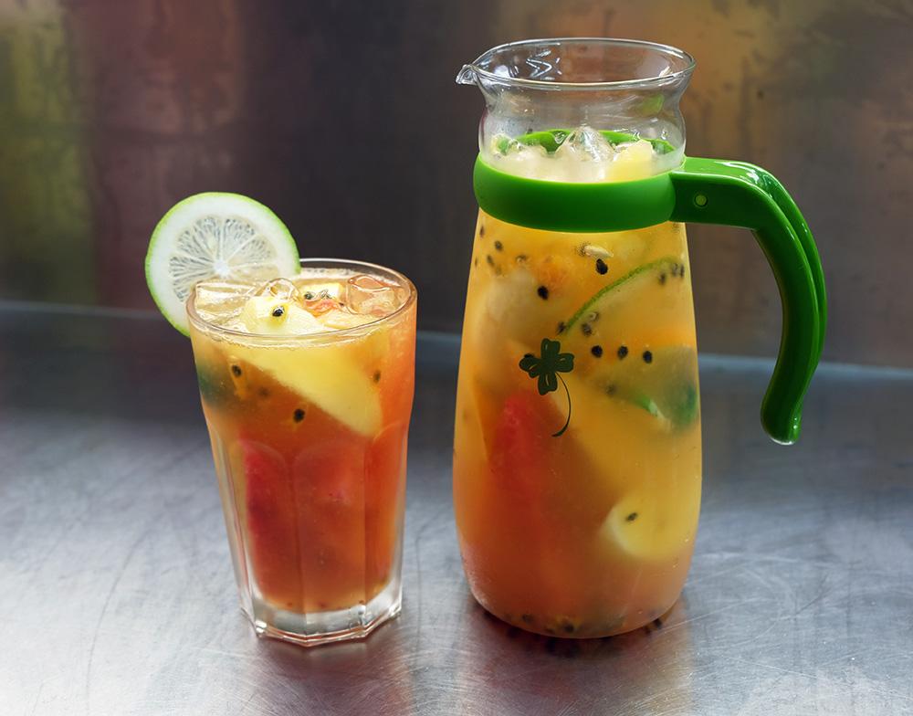 新鮮的水果茶。(攝影/N̂gChú-jiû黃子柔)