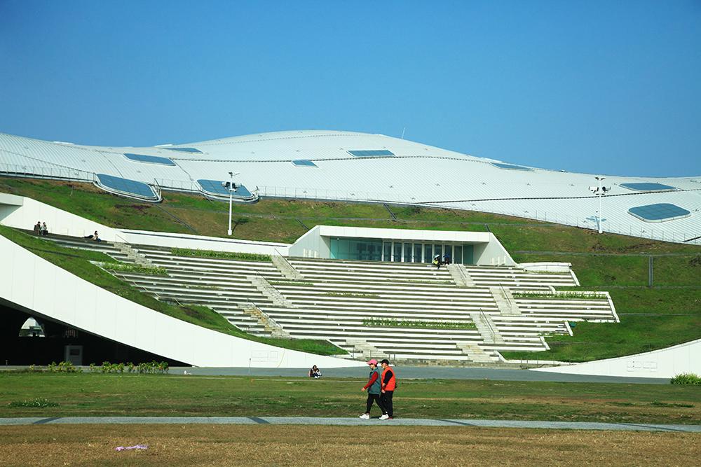 衛武營國家藝術文化中心。