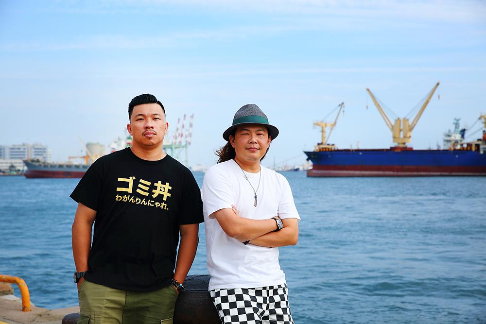 「雄店」市集的創辦人:怪獸(左)、林小豆(右)。(攝影/Cartert)