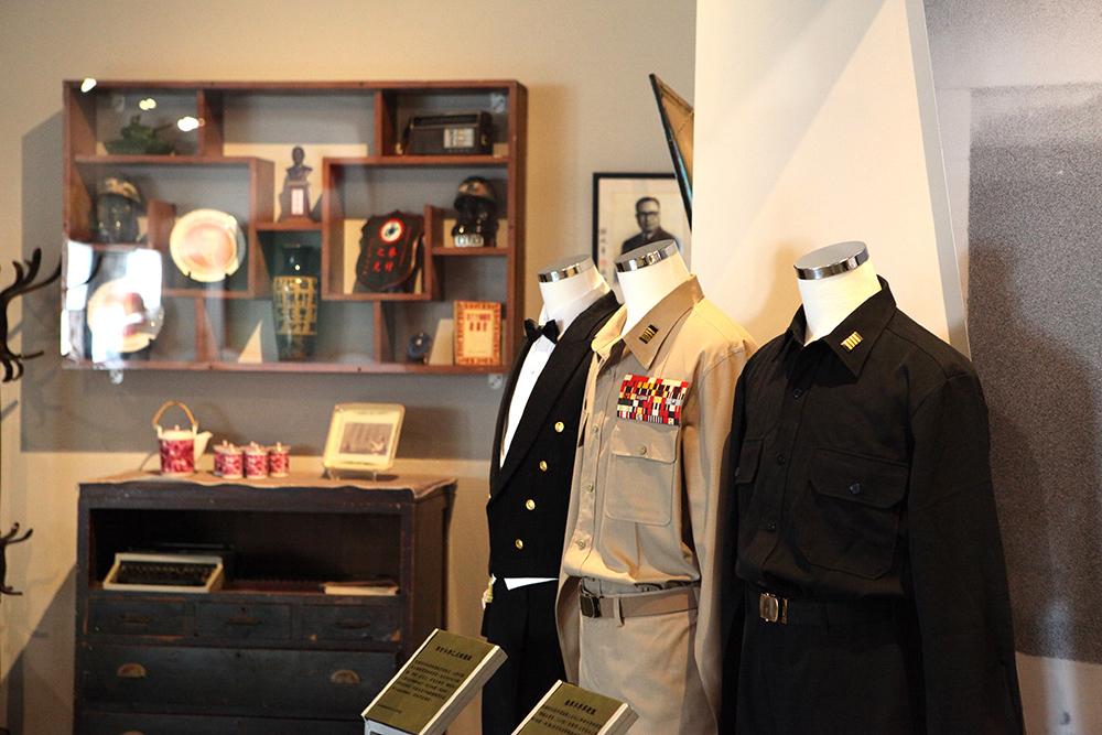 左營的軍區故事館陳列海軍與眷村的記憶。(圖片提供/Mook)
