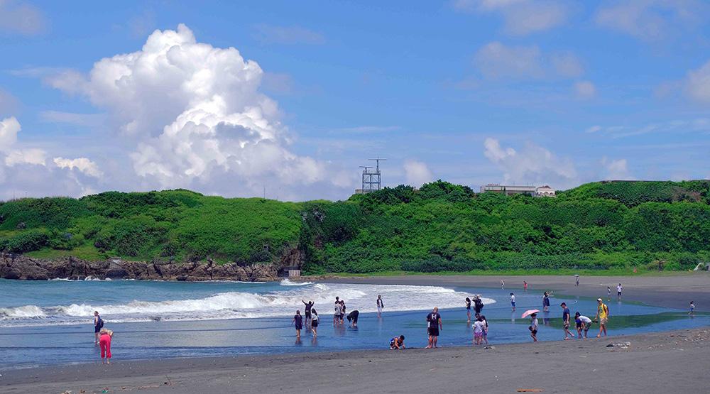 四季如春的溫度,讓旗津沙灘沒有季節限制。