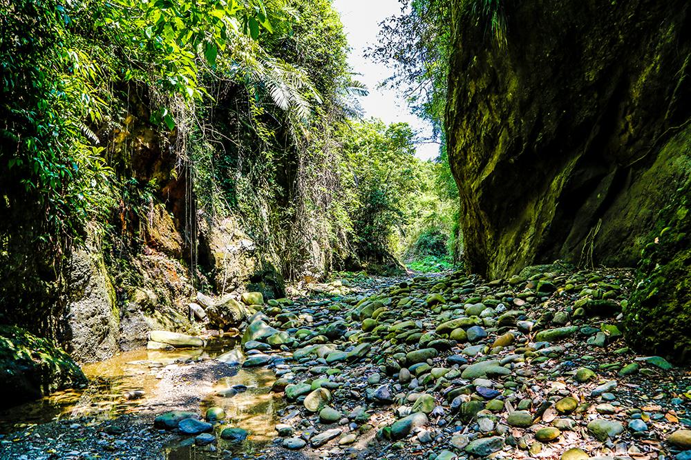U型溪谷。(照片提供/十八羅漢山自然人文協會)
