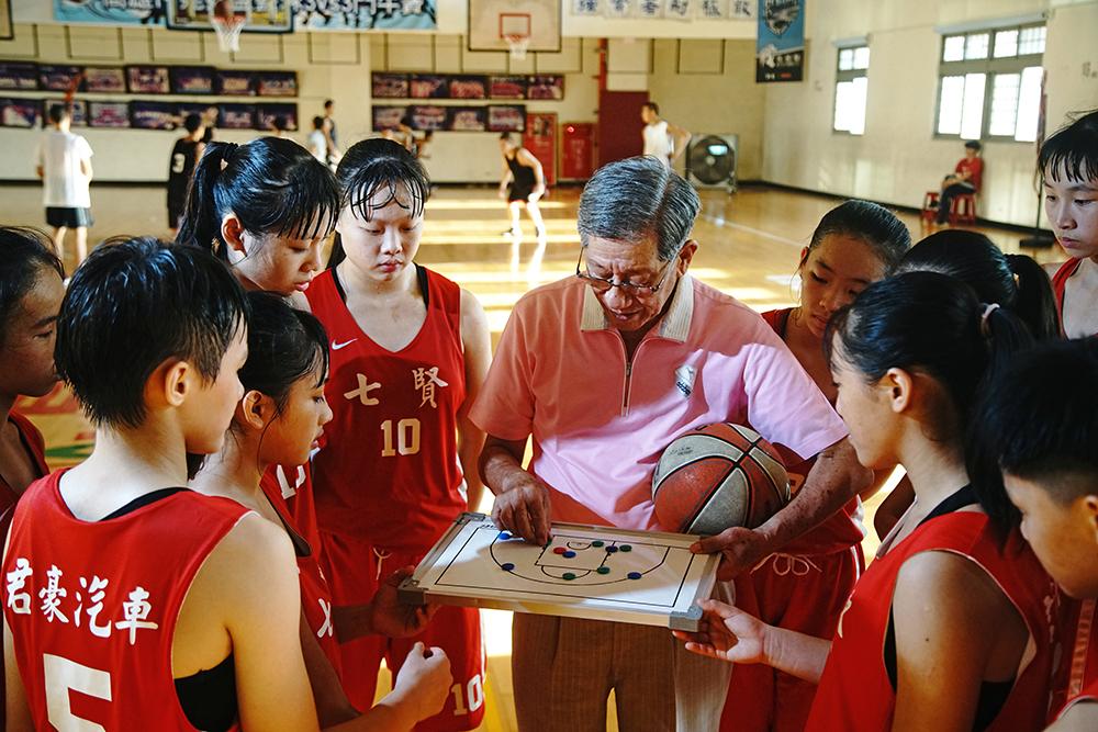 劉錦池認為學業和練球缺一不可,好的運動員都要懂得思考。(攝影/曾信耀)