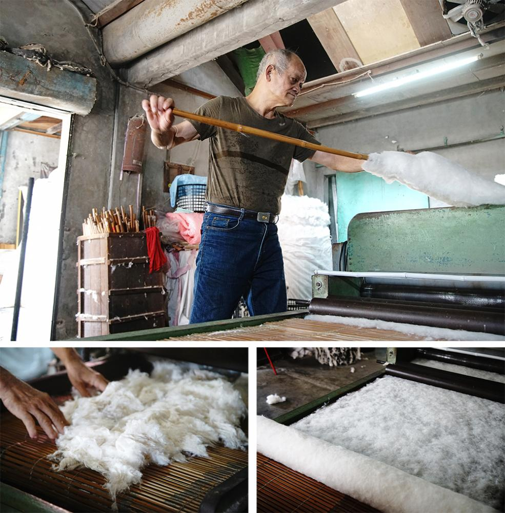 開棉時,必須隨時補棉、收起捲棉,來回走動。(攝影/曾信耀)