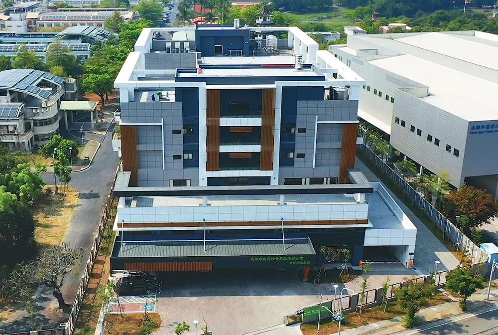 燕巢家園整體規劃以「家」為概念出發,兼以智慧建築與綠建築設計,提供家民們人性化的優質居住環境。(圖片提供/無障礙之家附設燕巢家園)