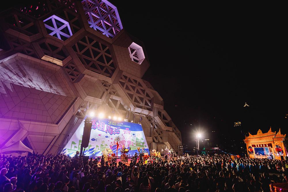 林園媽祖首次進駐高雄流行音樂中心。(攝影/Kito)
