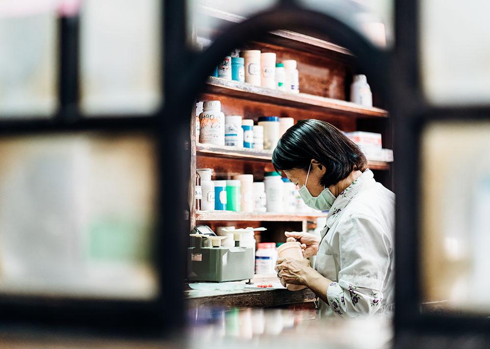 現存3間岡山的日治時代西醫診所中,太原診所不僅內部保留原貌,也是唯一仍在執業的診所。(攝影/陳建豪)