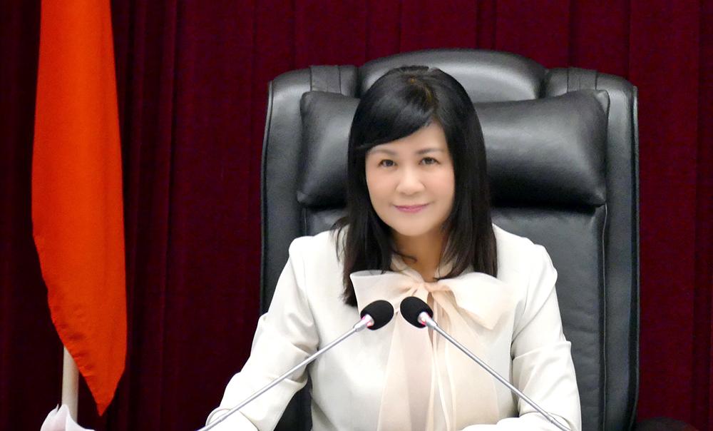 高雄市議會副議長陸淑美,希冀發揮議會的力量,以科技帶動城市轉型。(圖片提供/高雄市議會)