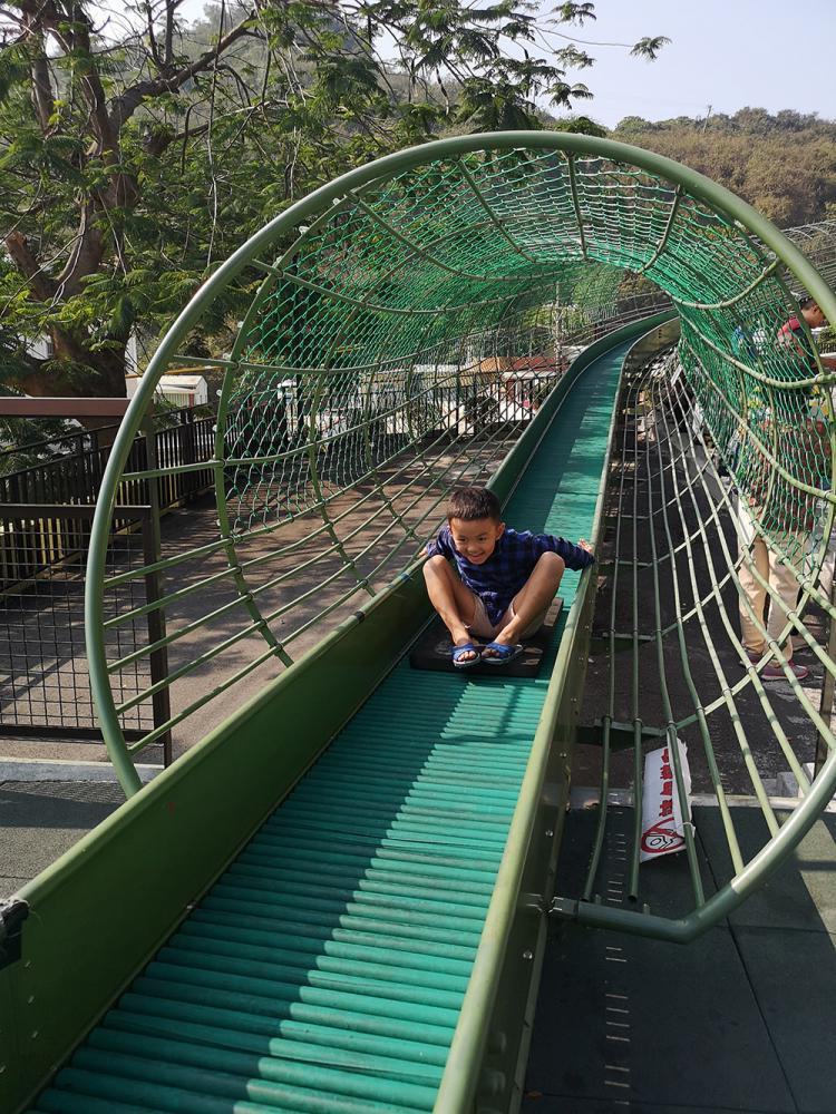 孩子念念不忘的哈瑪星溜滑梯。