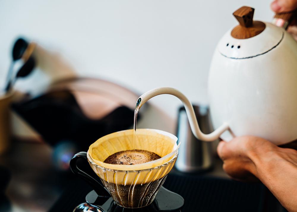 打造專注在咖啡本身的咖啡店,大港店以外帶為主,希望咖啡成為可以隨手帶走的生活飲品。(攝影/陳建豪)