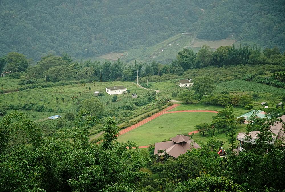 那瑪夏區的高山溪谷擁有豐沛自然資源,孕育出多元獨特的自然及人文風情。(攝影/曾信耀)