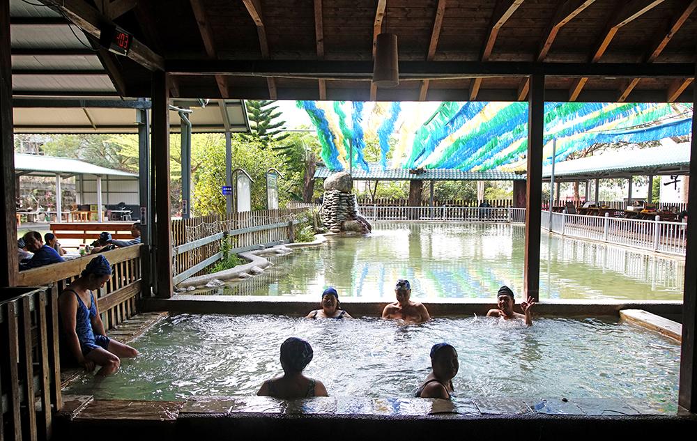 不老溫泉區的溫泉會館,也是六龜最早開發的溫泉區。