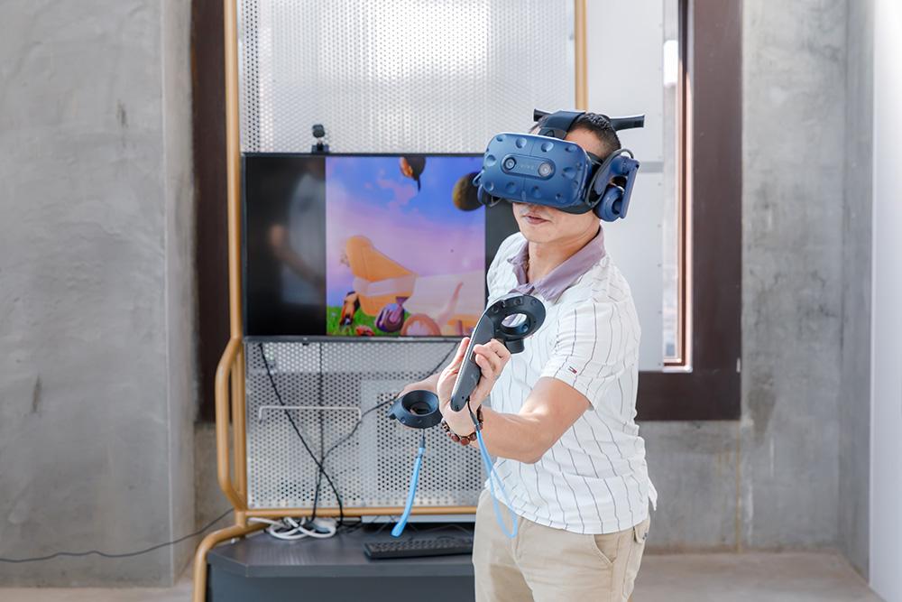互動展演區VR電影結合觀看與互動,讓體驗更有趣。