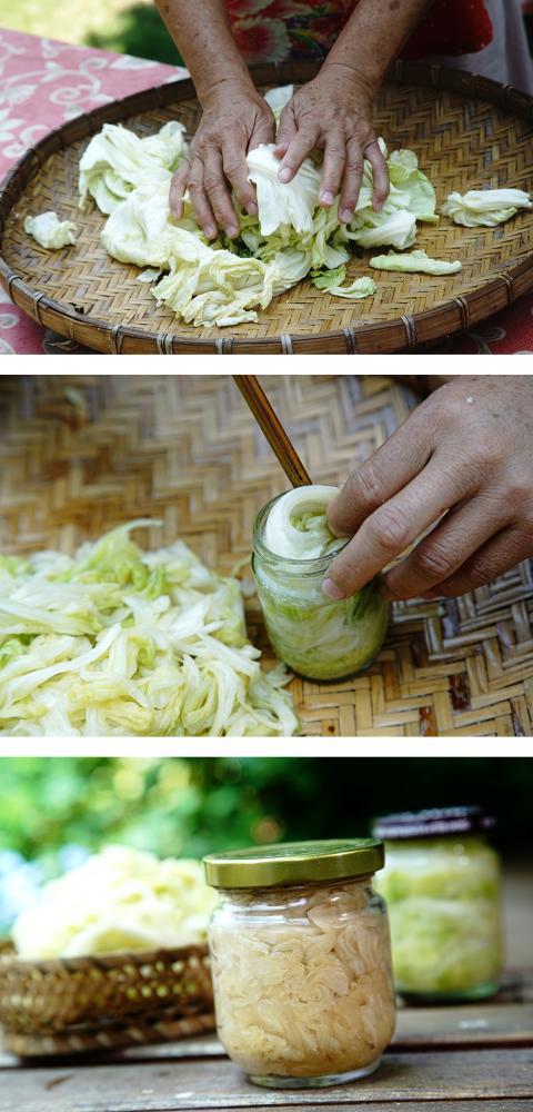 高麗菜乾搓揉後直接裝瓶。