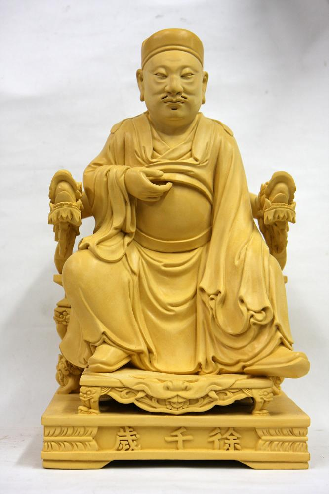 陳峻漢在校主修西洋人體雕塑,讓他穿梭傳統與現代工藝之間遊刃有餘。