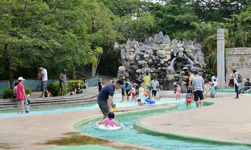 壽山動物園的親水廣場。