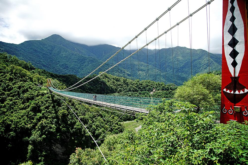 八八風災斷橋中,多納高吊橋是唯一倖存下來的,也是當時萬山與多納部落對外聯絡的救命橋。